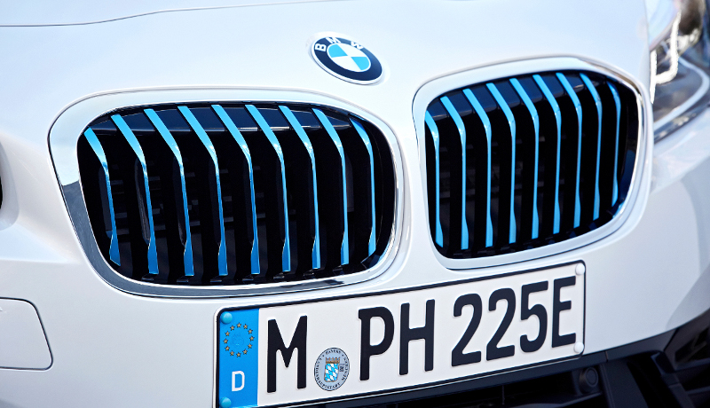 Der Plug-in-Hybrid BMW 225xe iPerformance.