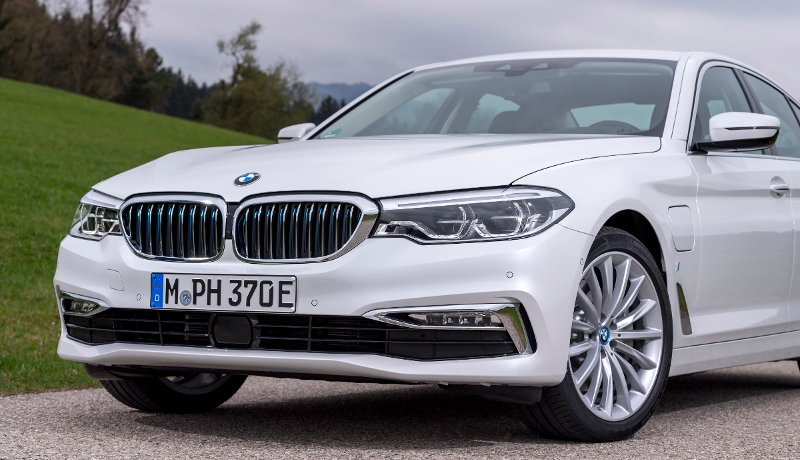 Der Plug-in-Hybrid BMW 530e iPerformance.