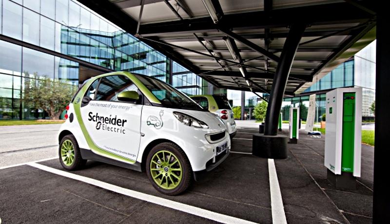 Service: Öko-Institut stellt Kostenrechner für gewerblich genutzte Elektroautos online