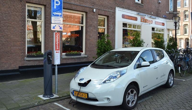 edccbbc100 KPMG-Studie: Automobilbranche uneins über Zukunft von Elektroautos